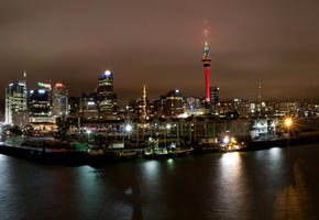 Panoramo of Auckland at Night